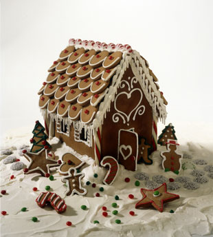 ttssgingerbreadhousemainv.jpg