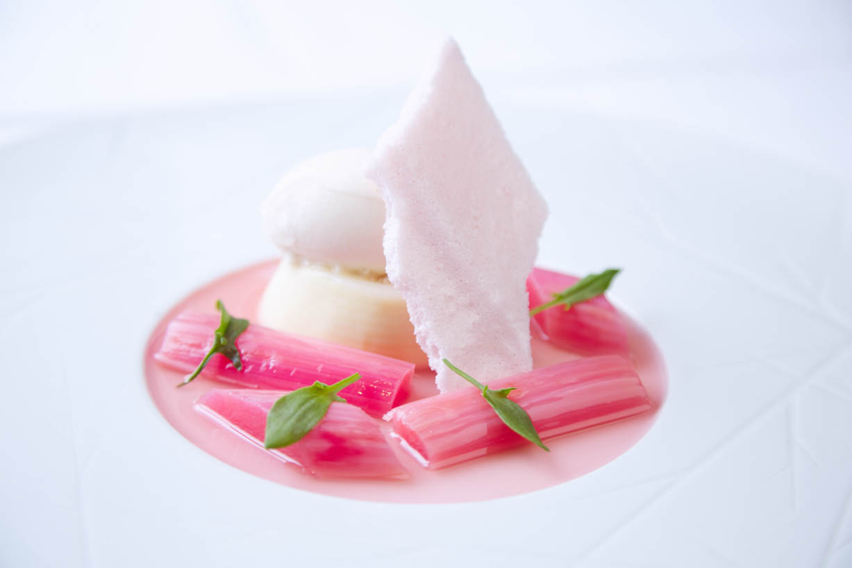 homegreenes-restaurant-sweet-woodruff-set-cream-pudding-forced-rhubarb-ginger-05.jpg