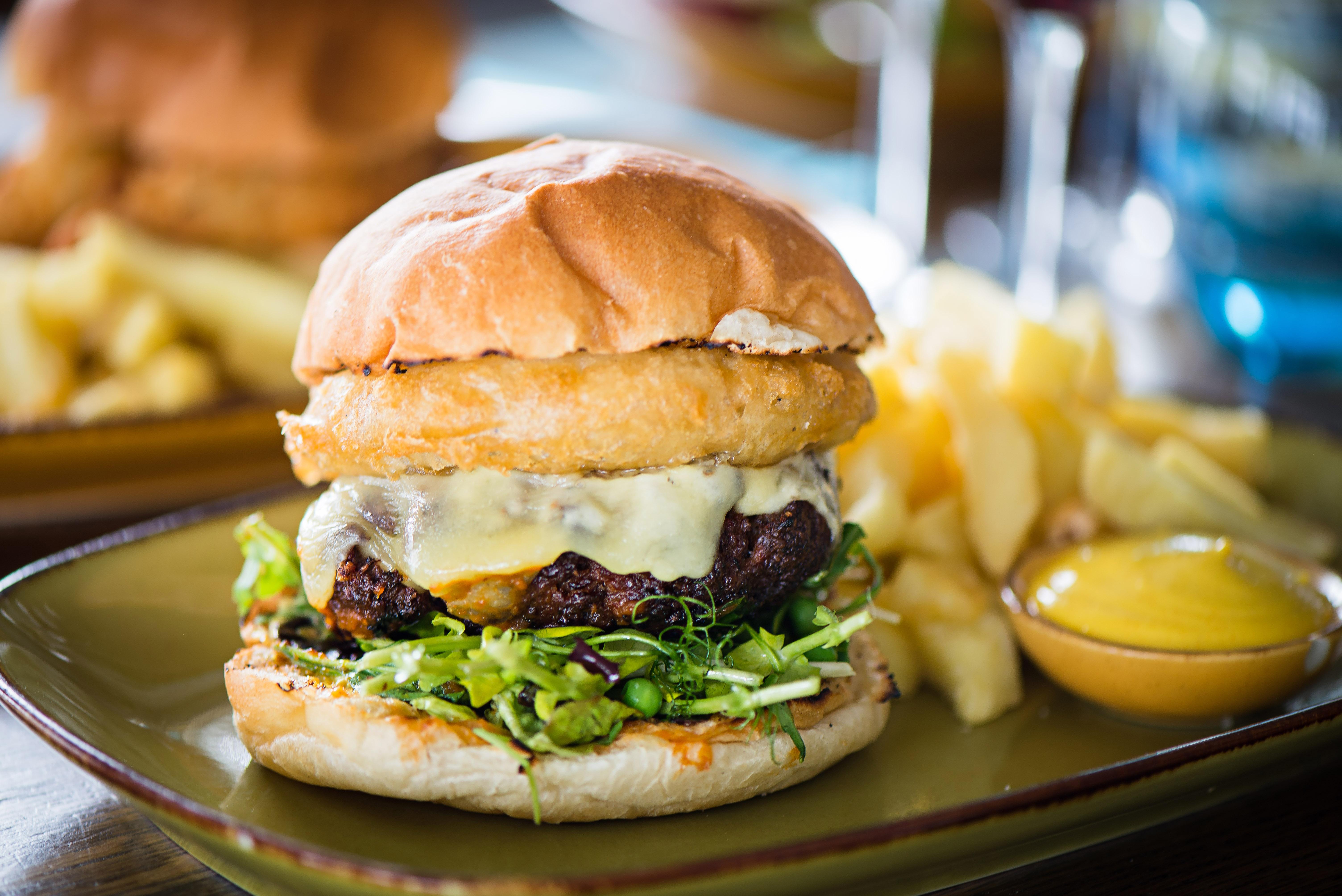 cheeseburger-4.jpg