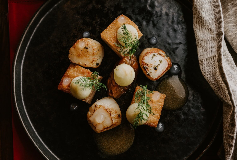 oneills-bistro-scallops-and-pork-belly.jpg