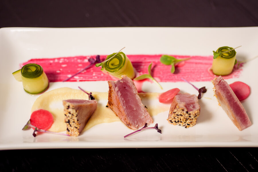 12-tables-seared-tuna-02.jpg