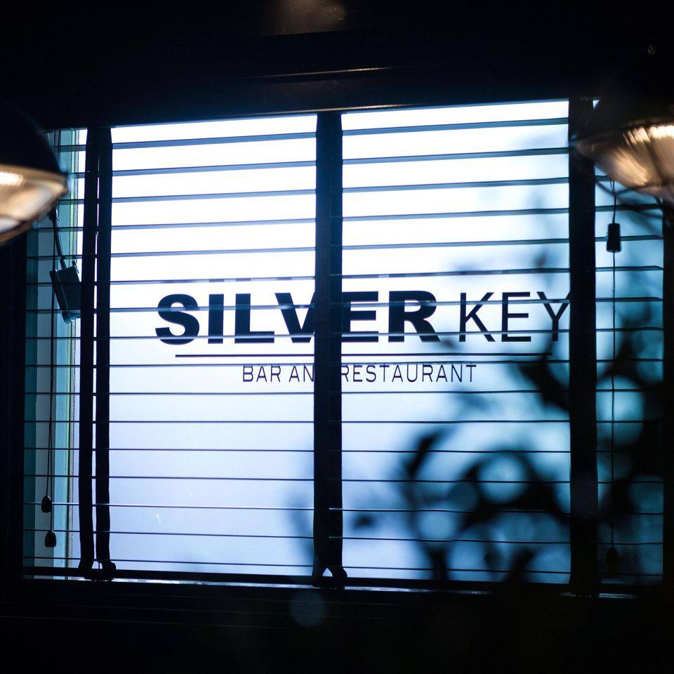 window-silverkey.jpg